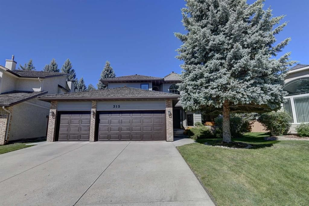Main Photo: 315 Woodhaven Bay SW in Calgary: Woodbine Detached for sale : MLS®# A1144347