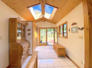 Photo 4: 330 DEVINA Road: Galiano Island House for sale (Islands-Van. & Gulf)  : MLS®# R2492284