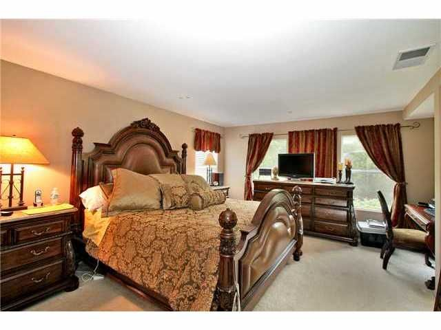 Photo 8: Photos: EAST ESCONDIDO House for sale : 5 bedrooms : 2329 FALLBROOK PLACE in ESCONDIDO