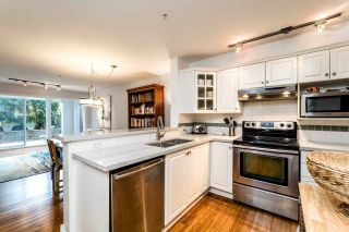 "Photo 4: 113 155 E 3RD Street in North Vancouver: Lower Lonsdale Condo for sale in ""The Solano"" : MLS®# R2244592"
