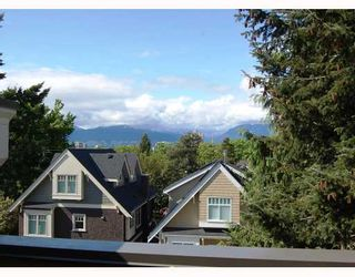 """Photo 10: 875 W 24TH Avenue in Vancouver: Cambie House for sale in """"DOUGLAS PARK"""" (Vancouver West)  : MLS®# V722900"""