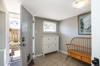 Photo 21: 15591 VICTORIA Avenue: House for sale in White Rock: MLS®# R2604648