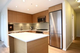 Photo 4: 2307 3102 WINDSOR Gate in Coquitlam: New Horizons Condo for sale : MLS®# R2029276
