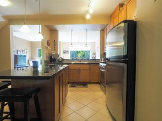 """Photo 7: 44 40632 GOVERNMENT Road in Squamish: Brackendale Townhouse for sale in """"Riverswalk"""" : MLS®# R2488805"""
