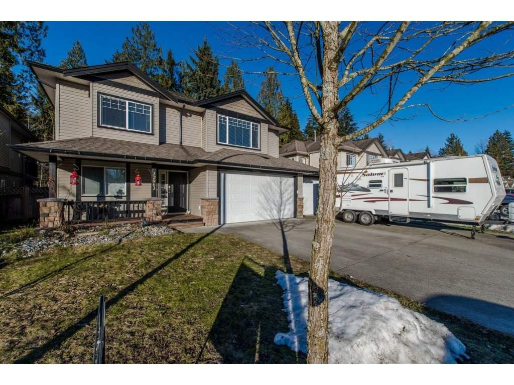 """Main Photo: 32963 BOOTHBY Avenue in Mission: Mission BC House for sale in """"CEDAR ESTATES"""" : MLS®# R2134633"""