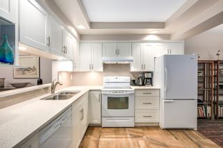 """Photo 2: 30 5111 MAPLE Road in Richmond: Lackner Townhouse for sale in """"MONTEGO WEST"""" : MLS®# R2221338"""