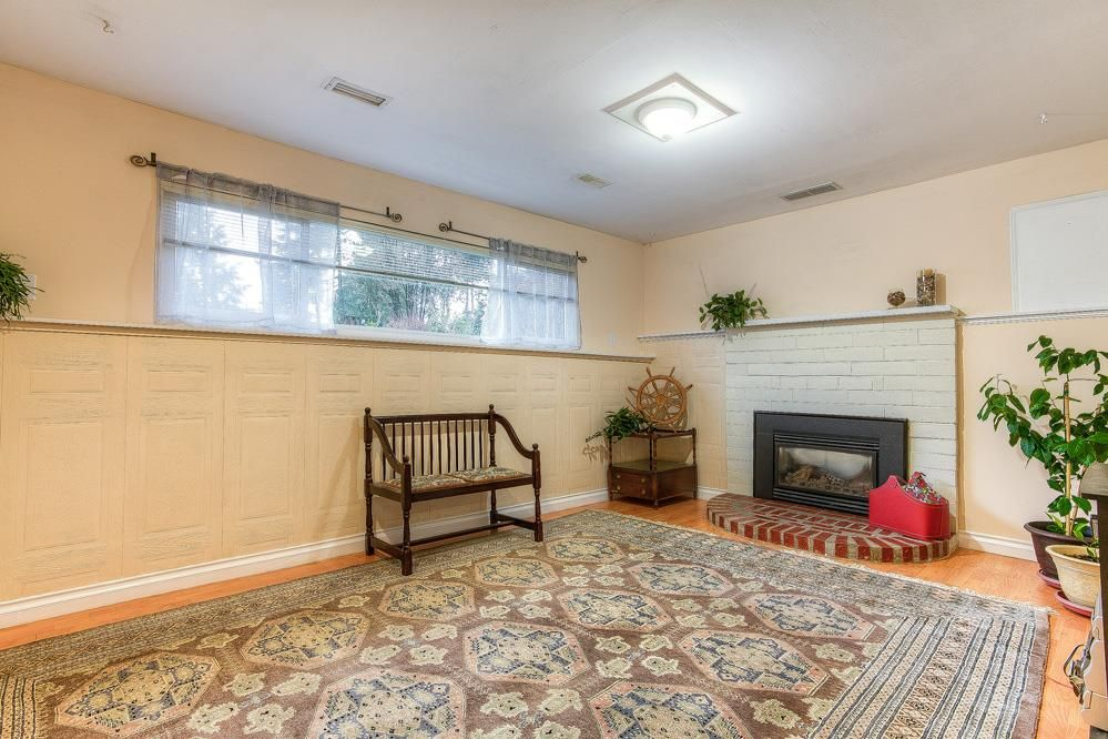 Photo 15: Photos: 3122 MARINER WAY in Coquitlam: Ranch Park House for sale : MLS®# R2037246