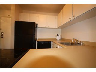 Photo 6: 401 1345 COMOX Street in Vancouver: West End VW Condo for sale (Vancouver West)  : MLS®# V1088437
