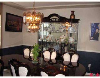 Photo 3: 8879 212B Street in Langley: Walnut Grove House for sale : MLS®# F2804221