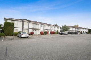 """Photo 1: 105B 45655 MCINTOSH Drive in Chilliwack: Chilliwack W Young-Well Condo for sale in """"McIntosh Place"""" : MLS®# R2515821"""