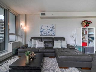 Photo 4: 1501 1009 HARWOOD Street in Vancouver: West End VW Condo for sale (Vancouver West)  : MLS®# R2561317