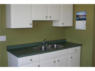 Photo 3: 345 Chalmers Avenue in WINNIPEG: East Kildonan Residential for sale (North East Winnipeg)  : MLS®# 1009928