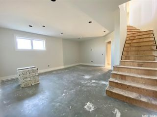 Photo 33: 818 Conquest Avenue in Outlook: Residential for sale : MLS®# SK860876