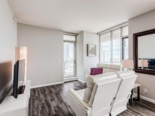 Photo 10: 1905 210 15 Avenue SE in Calgary: Beltline Apartment for sale : MLS®# A1098110