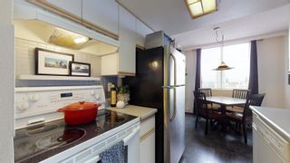 Photo 4: 2209 9909 104 Street in Edmonton: Zone 12 Condo for sale : MLS®# E4260889