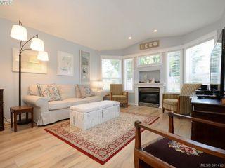 Photo 2: 19 7570 Tetayut Rd in SAANICHTON: CS Hawthorne Manufactured Home for sale (Central Saanich)  : MLS®# 786908