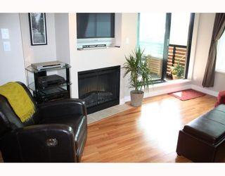 "Photo 3: 302 2525 BLENHEIM Street in Vancouver: Kitsilano Condo for sale in ""THE MACK"" (Vancouver West)  : MLS®# V770028"