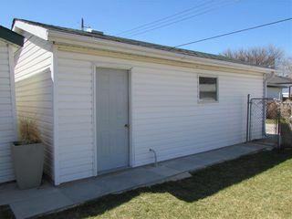 Photo 6: 439 Ralph Avenue in Winnipeg: West Transcona Residential for sale (3L)  : MLS®# 202111158