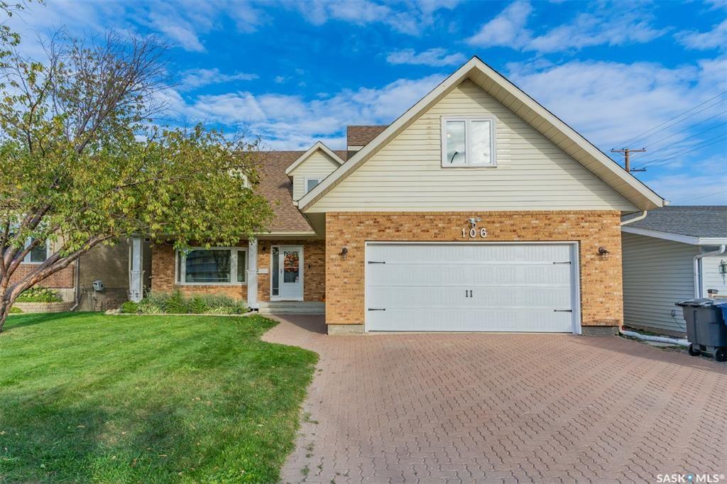 Main Photo: 106 Zeman Crescent in Saskatoon: Silverwood Heights Residential for sale : MLS®# SK871562