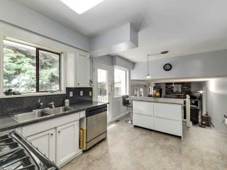 Photo 10: 5260 DIXON Place in Delta: Hawthorne House for sale (Ladner)  : MLS®# R2584966