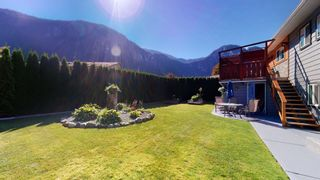 Photo 34: 38244 JUNIPER Crescent in Squamish: Valleycliffe House for sale : MLS®# R2616219