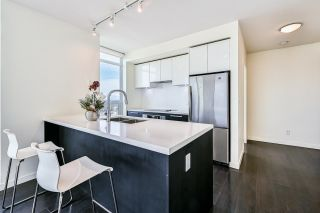 """Photo 7: 2309 6333 SILVER Avenue in Burnaby: Metrotown Condo for sale in """"Silver Condos"""" (Burnaby South)  : MLS®# R2615715"""