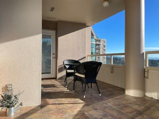 "Photo 11: 1604 1199 EASTWOOD Street in Coquitlam: North Coquitlam Condo for sale in ""Selkirk"" : MLS®# R2534890"