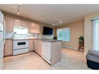 """Photo 9: 60 6533 121ST Street in Surrey: West Newton Townhouse for sale in """"STONEBRAIR"""" : MLS®# F1422677"""
