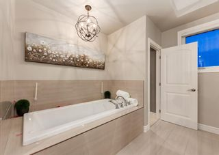 Photo 30: 23 VALLEY POINTE View NW in Calgary: Valley Ridge Detached for sale : MLS®# A1110803