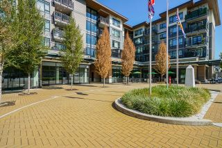 """Photo 2: 313 2525 CLARKE Street in Port Moody: Port Moody Centre Condo for sale in """"THE STRAND"""" : MLS®# R2614957"""