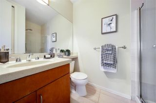 """Photo 22: 704 2655 CRANBERRY Drive in Vancouver: Kitsilano Condo for sale in """"NEW YORKER"""" (Vancouver West)  : MLS®# R2579388"""