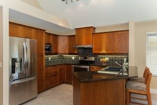 """Photo 17: 38 15450 ROSEMARY HEIGHTS Crescent in Surrey: Morgan Creek Townhouse for sale in """"CARRINGTON"""" (South Surrey White Rock)  : MLS®# R2182327"""