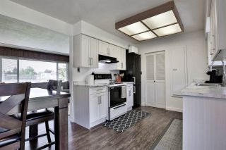 """Photo 5: 14510 106A Avenue in Surrey: Guildford House for sale in """"Hawthorn Park Area"""" (North Surrey)  : MLS®# R2460505"""