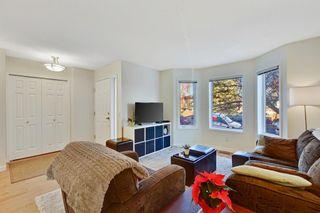 Photo 4: 735 68 Avenue SW in Calgary: Kingsland Semi Detached for sale : MLS®# A1051143
