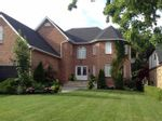 Property Photo: 27 Parkmanor DR in Hamilton