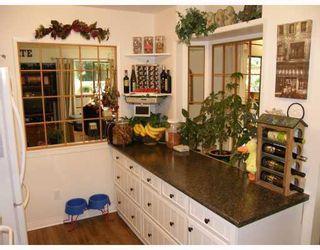"Photo 5: 209 1220 FALCON Drive in Coquitlam: Upper Eagle Ridge Townhouse for sale in ""EAGLERIDGE TERRACE"" : MLS®# V714209"