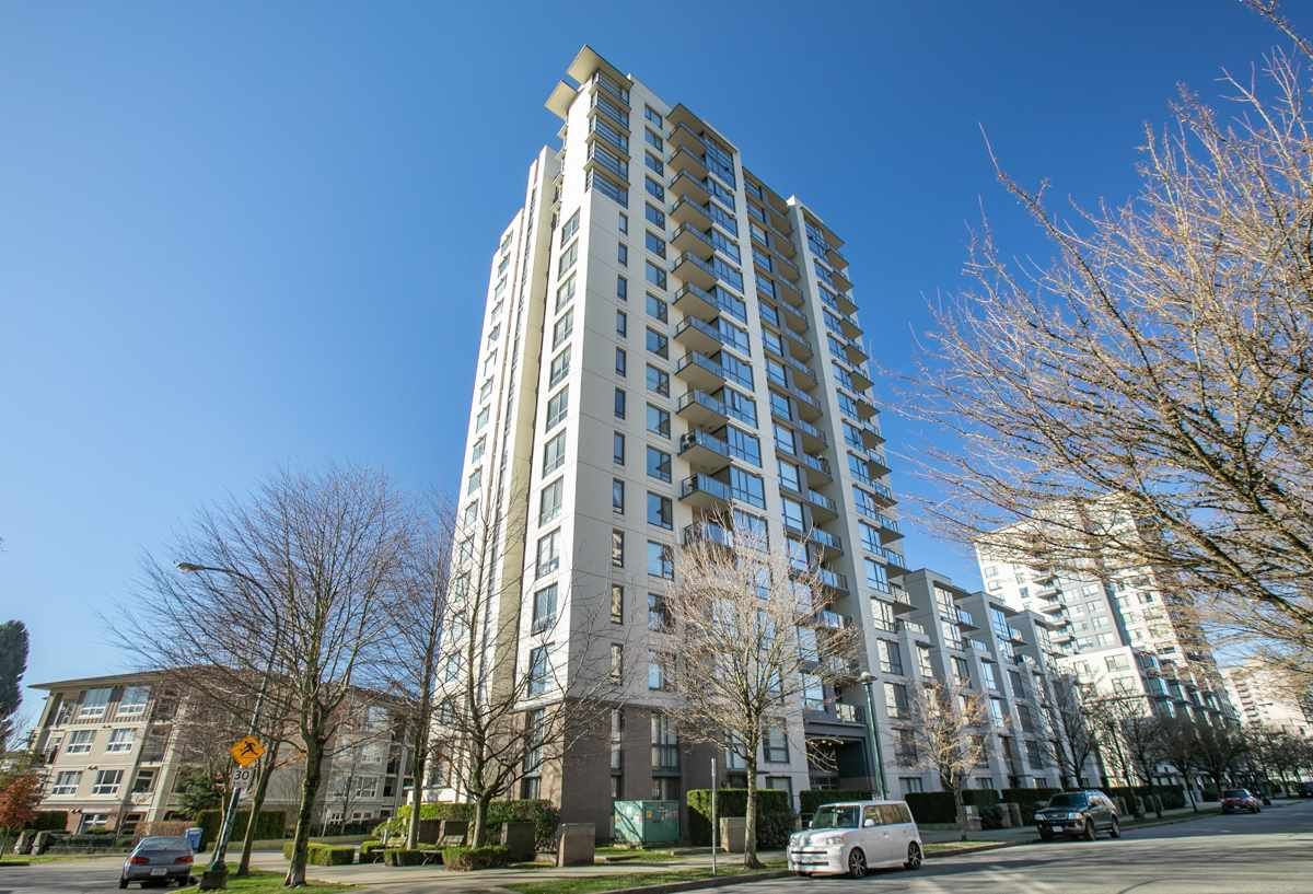 Main Photo: 406 3588 CROWLEY DRIVE in : Collingwood VE Condo for sale : MLS®# R2337887