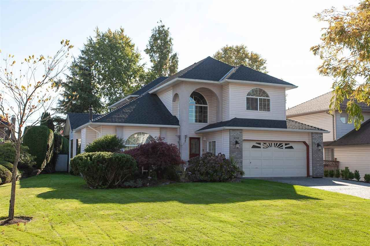 """Main Photo: 6568 CLAYTONWOOD Place in Surrey: Cloverdale BC House for sale in """"Clayton Hill"""" (Cloverdale)  : MLS®# R2327145"""