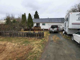 Photo 2: 8045 OLD CARIBOO Highway in Prince George: Pineview House for sale (PG Rural South (Zone 78))  : MLS®# R2589559