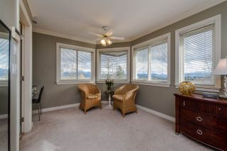 Photo 11: 31680 AMBERPOINT Place in Abbotsford: Abbotsford West House for sale : MLS®# R2452368