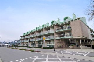 """Photo 20: 3103 33 CHESTERFIELD Place in North Vancouver: Lower Lonsdale Condo for sale in """"Harbourview Park"""" : MLS®# R2037524"""