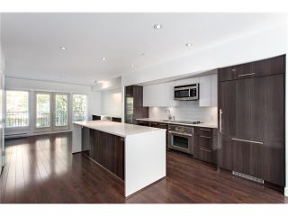 Photo 2: 5655 Chaffey Av in Burnaby South: Central Park BS Townhouse for sale : MLS®# V1063980