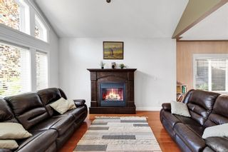 Photo 6: 2123 Nicklaus Dr in : La Bear Mountain House for sale (Langford)  : MLS®# 886202