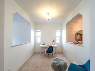 Photo 5: 79 ASPEN HILLS Way SW in Calgary: Aspen Woods Detached for sale : MLS®# A1144436