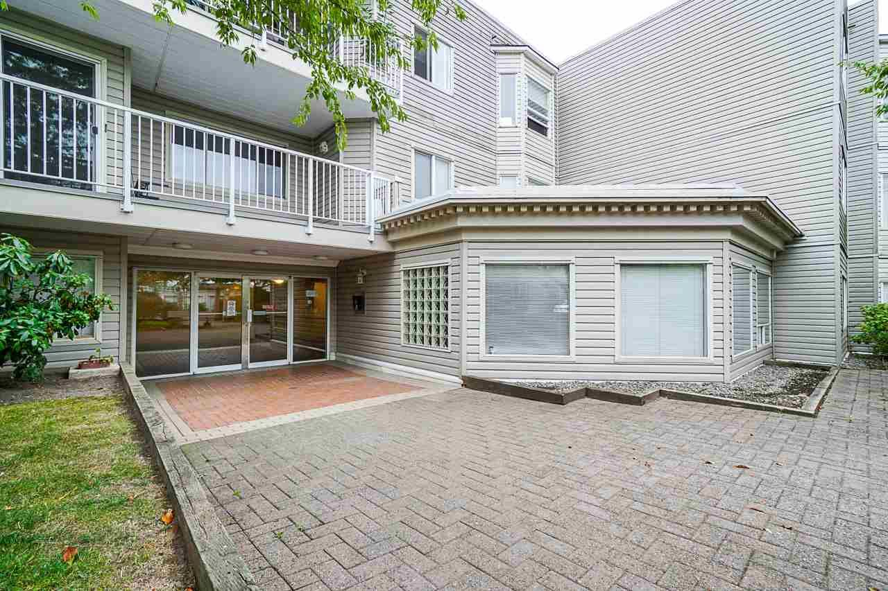 "Main Photo: 208 9940 151 Street in Surrey: Guildford Condo for sale in ""WESCHESTER PLACE"" (North Surrey)  : MLS®# R2397896"