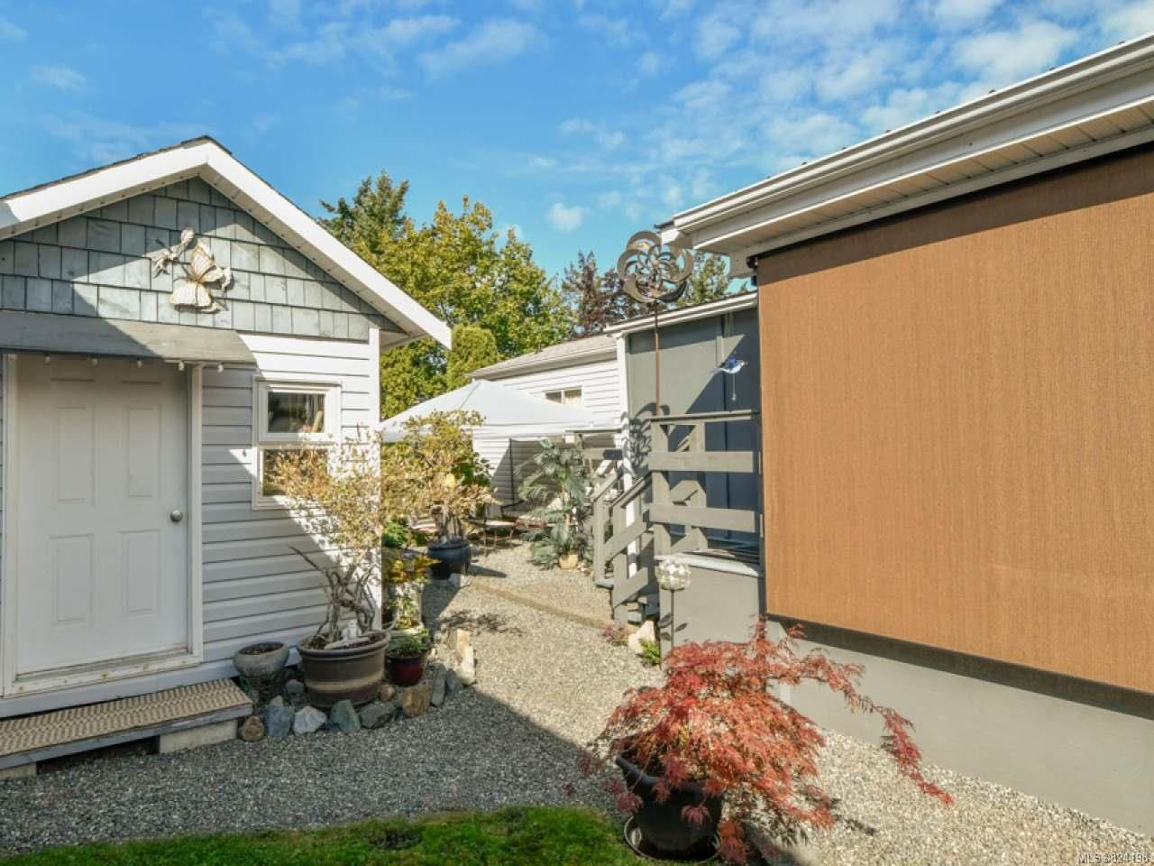 Photo 13: Photos: 38 951 Homewood Rd in CAMPBELL RIVER: CR Campbell River Central Manufactured Home for sale (Campbell River)  : MLS®# 824198
