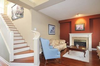 Photo 4: 310 1465 PARKWAY BOULEVARD in Coquitlam: Westwood Plateau Townhouse for sale : MLS®# R2260594