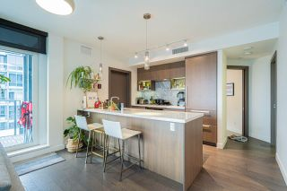 """Photo 12: 1858 38 SMITHE Street in Vancouver: Downtown VW Condo for sale in """"One Pacific"""" (Vancouver West)  : MLS®# R2525431"""