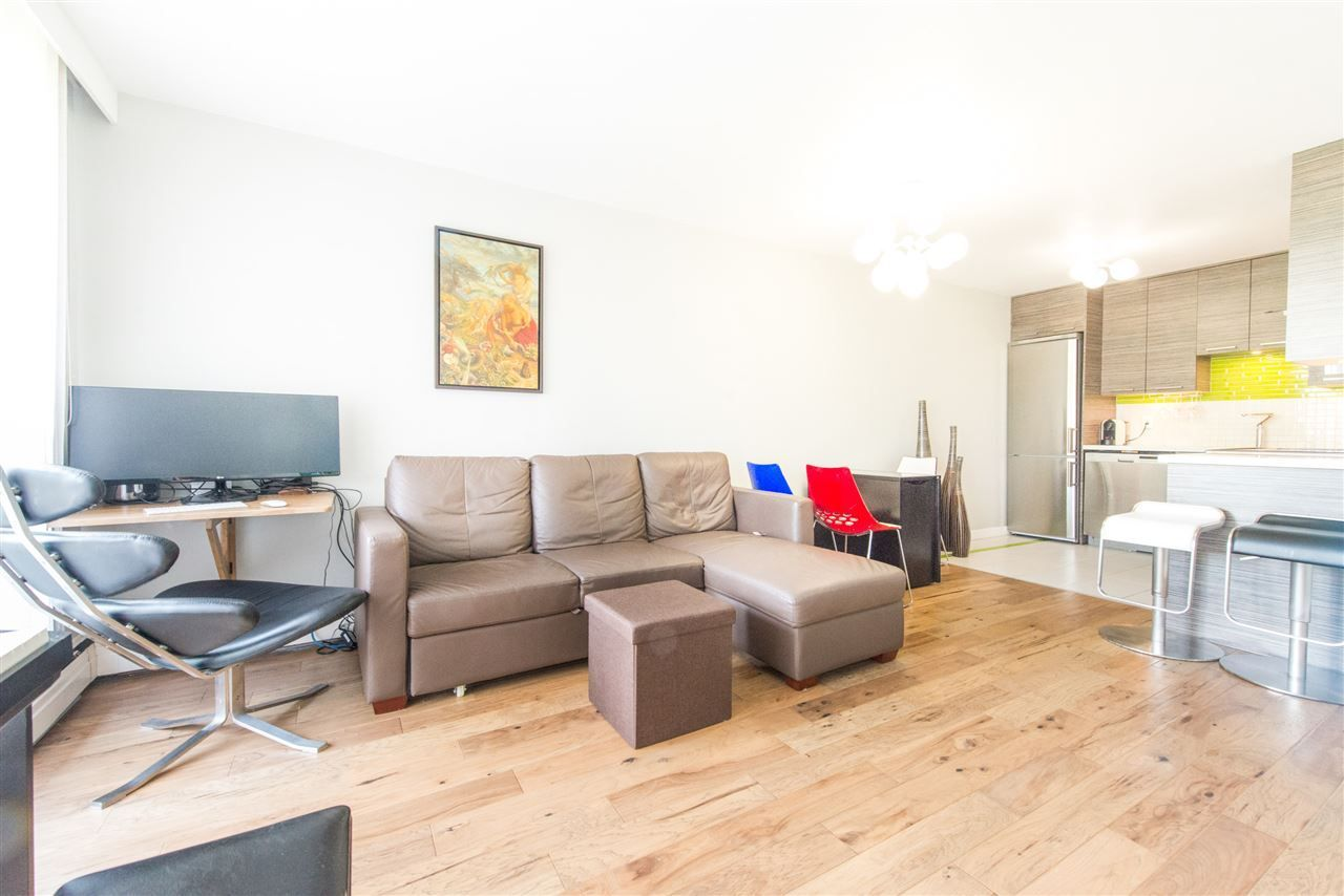 Main Photo: 301 145 ST. GEORGES Avenue in North Vancouver: Lower Lonsdale Condo for sale : MLS®# R2268988