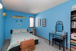 Photo 18: 28 Highcastle Crescent in Winnipeg: River Park South Residential for sale (2F)  : MLS®# 202124104